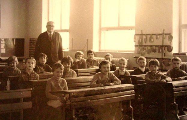 Historie Základní školy Mokré Lazce